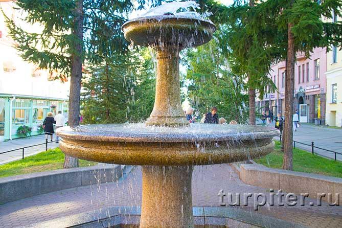 верхняя часть фонтана