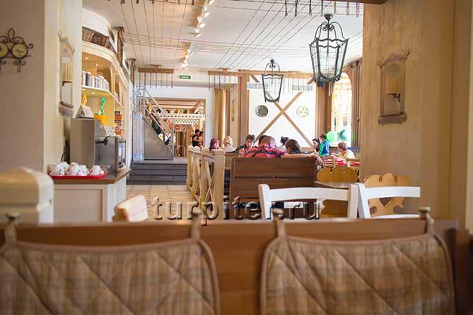 столы Щелкунчик ресторан Санкт-Петербург