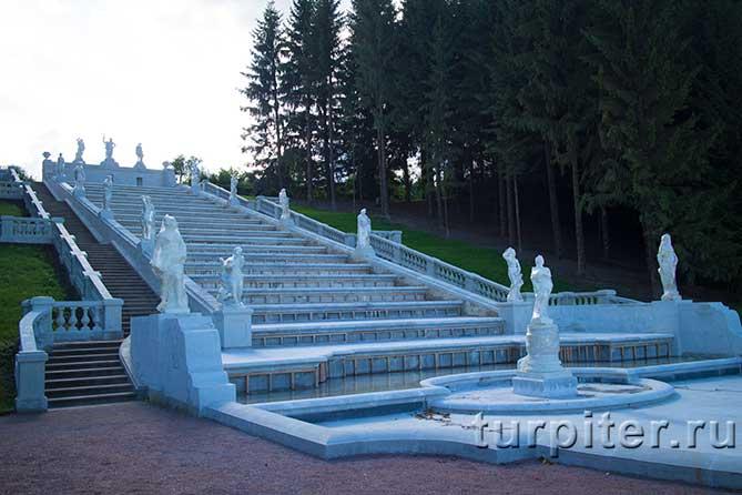 skulptury-kaskad-zolotaia-gora-petergof-01