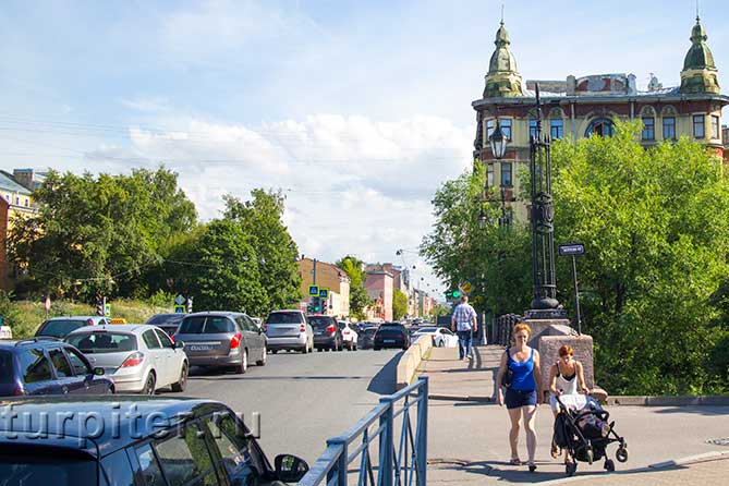 улица на васильевском острове