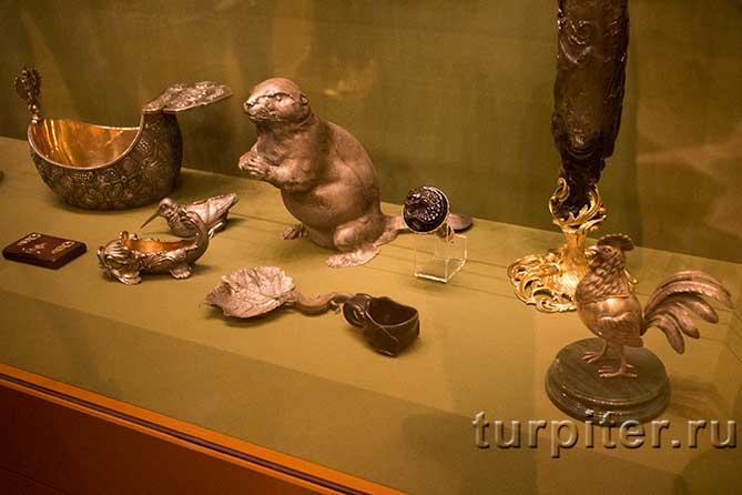интересные фигуры в музее