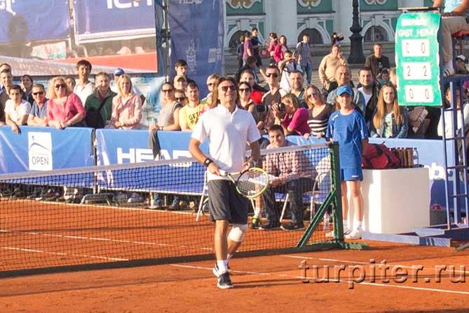 Дмитрий Маликов ждет мач для подачи
