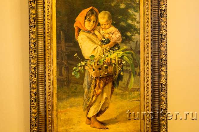 юная девочка с чужим ребенком
