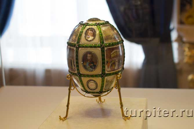 18 миниатур на яйце