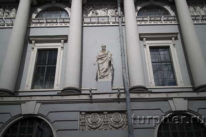 питерское здание