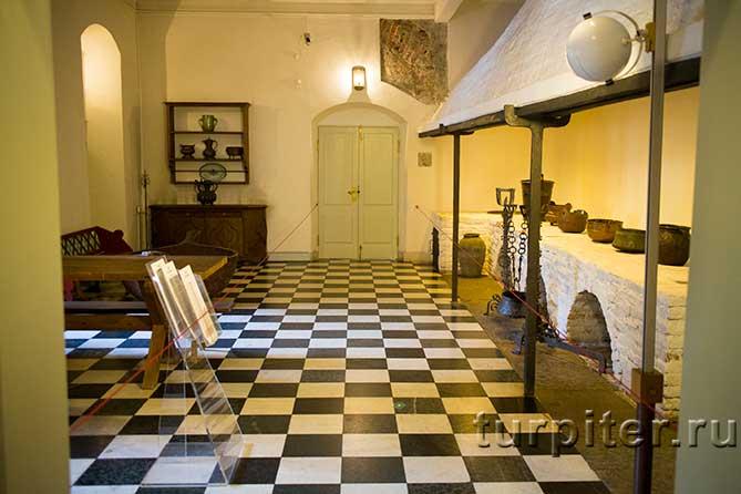 одна из кухонь дворца
