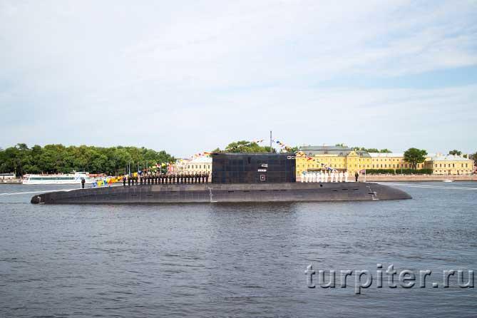 построились на подводной лодке