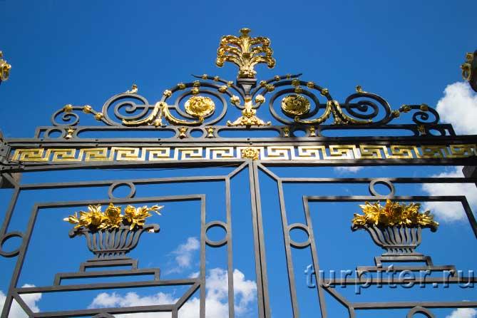 красивые узоры на заборе