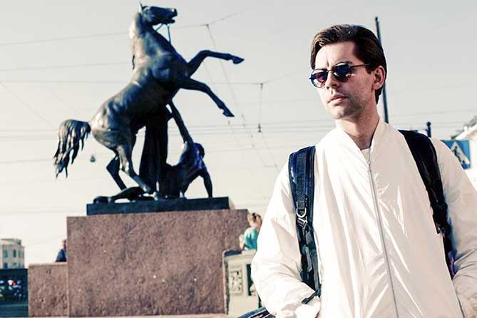 с рюкзаком в Петербурге