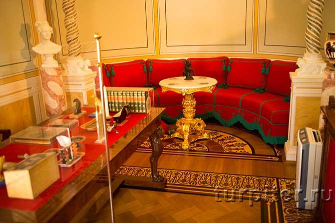 красный кабинет императрицы