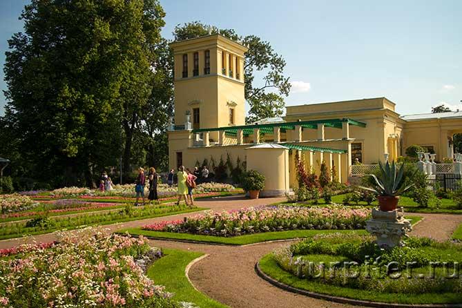 красивый сад Царицын павильон