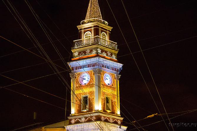Башня думы наряжена к новому году