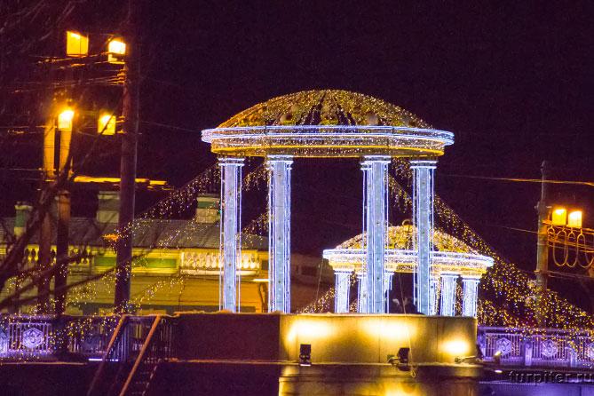Украшения моста Дворцового
